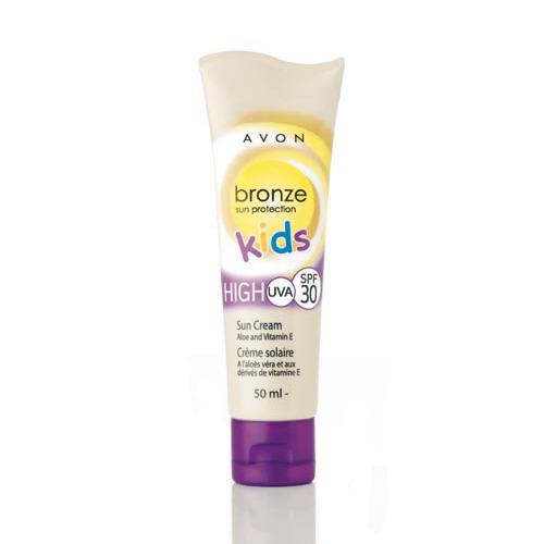 Солнцезащитный водоустойчивый крем для детской кожи с алоэ и витамином Е SPF 30